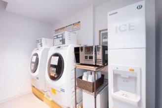Laundromat,Ice machine