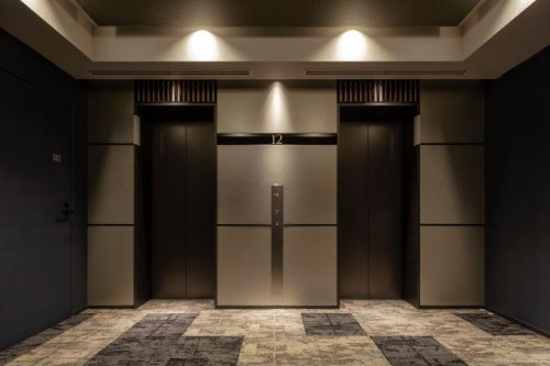 엘리베이터 홀