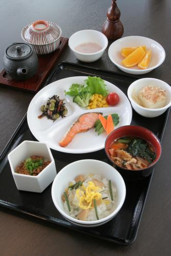 朝食例:和食(1Fビスタかカフェ)